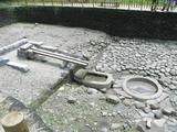 亀形石造物
